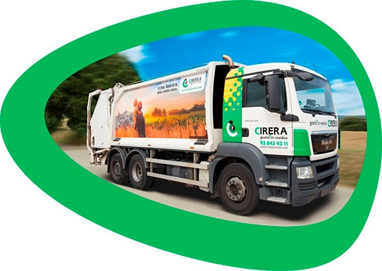Camión de residuos Industriales. Transporta residuos y con sus mensajes consciencia a la población.